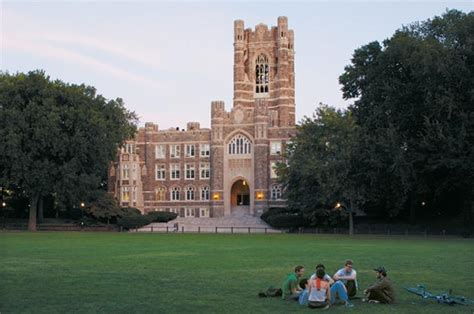 Fordham Executive Mba Tuition by Top B Schools With The Best Financial Aid Bloomberg