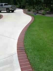 Landscape Edging For Sidewalks Brick Edging For The Driveway Landscape