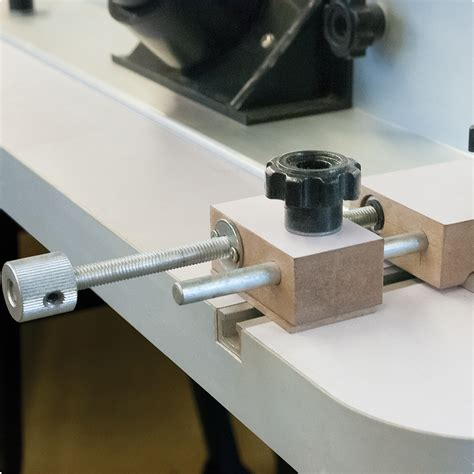 how to use a router table how to use a router table fence elcho table