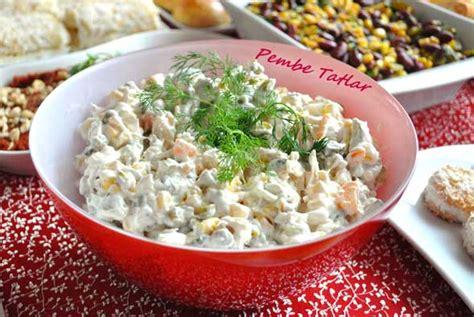 penguen yemek tarifleri misirli bezelyeli makarna salatasi tavuk salatası nasıl yapılır oktay usta