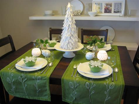 beautiful table settings green and brown dreaming of a christmas table setting the bright spot