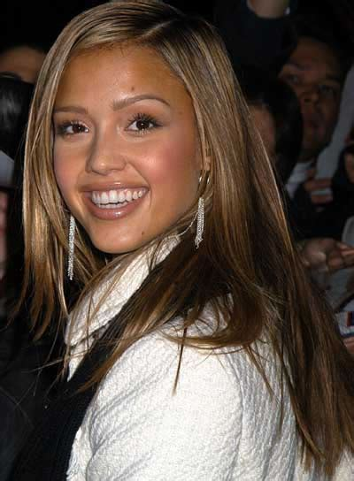 Jessica Alba Bob Hairstyles At 360 Degrees | jessica alba hairstyles fashion and styles