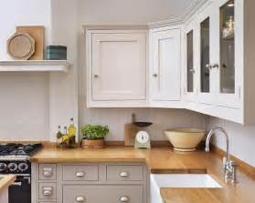 shaker kitchen different colour units top and bottom nb