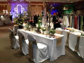 Table Set Up by Rustic Natural Burlap And White Wedding Table Set Up