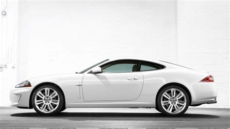 white jaguar car wallpaper hd white jaguar car wallpaper high quality resolution cars