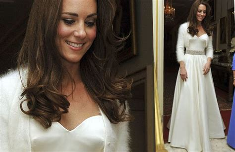 kate middleton wedding evening dress royal wedding evening reception guests until 3am to