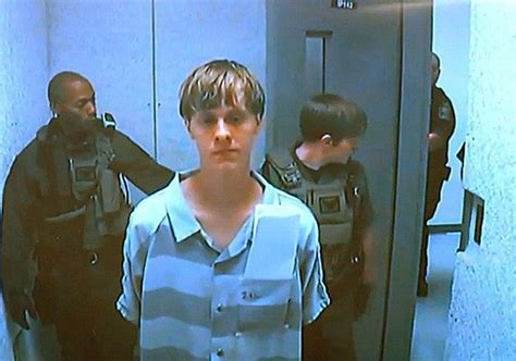 Dylann Roof Background Check Nyt Excuses Fbi S Mistake In Dylann Roof S Gun Check