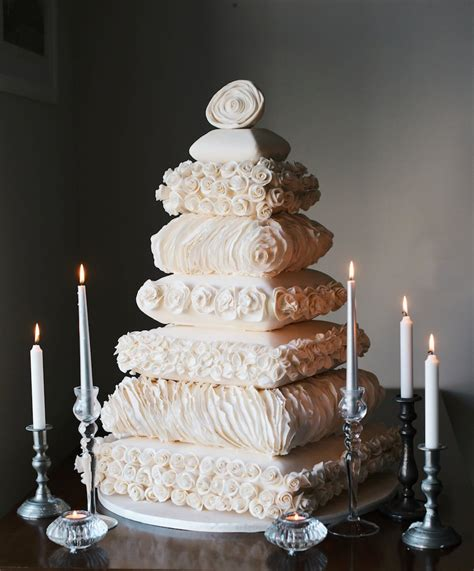 Top 10 wedding cake trends for 2016