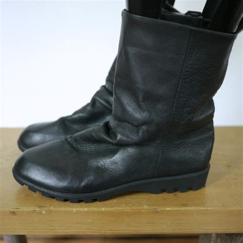vintage bass black leather ankle slouch pull on snow