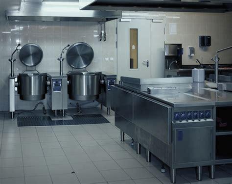 sol cuisine professionnelle une solution antid 233 rapante pour les cuisines collectives