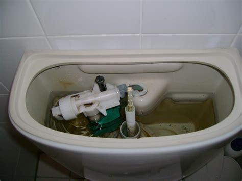vlotter stortbak toilet vlotter wisa 885409 vervangen in een sphinx toilet werkspot
