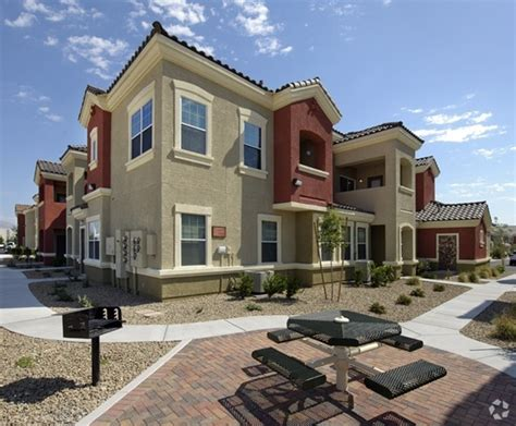 appartments for rent in las vegas ravello townhomes rentals las vegas nv apartments com