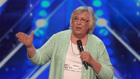 Cross Dresser Comedian by Transgender Comedian Scotti Steals Show On America S