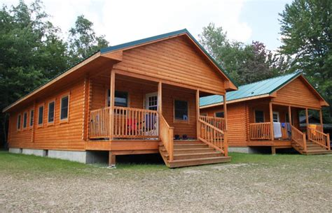 small modular cottages one is also handicap approved so bunkhouse designs explorer bunkhouse cing log cabin