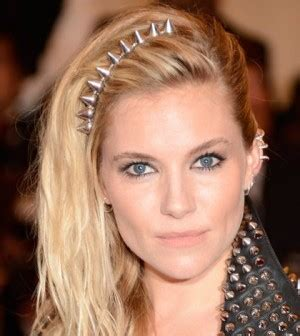headband face shapes and hairstyles the best headbands for oval face shapes finesse corner