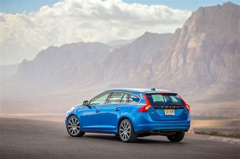 volvo station wagon 2015 first times drive volvo s v60 wagon packs fewer groceries