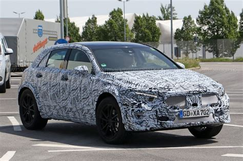 Mercedes 2019 Gla by Next Mercedes Gla Gets In Shape For 2019 By Car Magazine