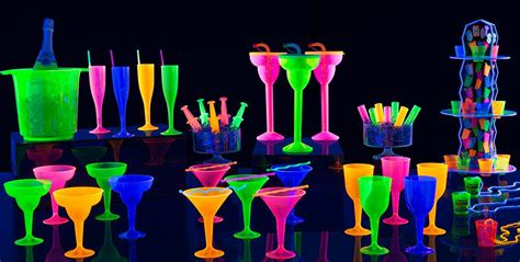 party themes glow in the dark black light party supplies glow in the dark party ideas