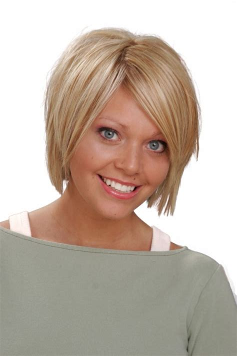 plus size angled bob short hairstyles for plus size women elle hairstyles