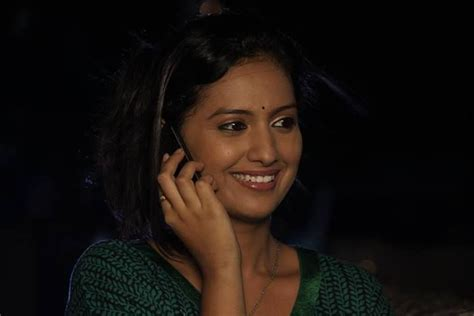 hindi film actress date of birth 8 best marathi actress wallpapers photos biography images