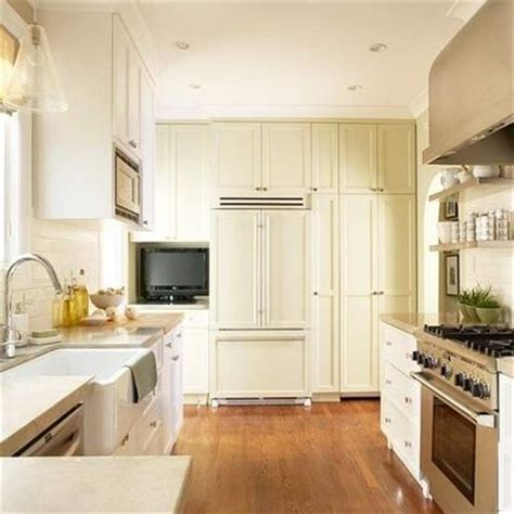 small kitchen 9x15 floor to ceiling cabinets emph