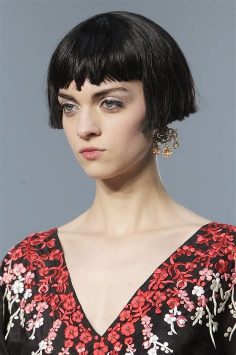 the modern pageboy hairstyle 60s hairstyles 10 retro looks we re still loving today