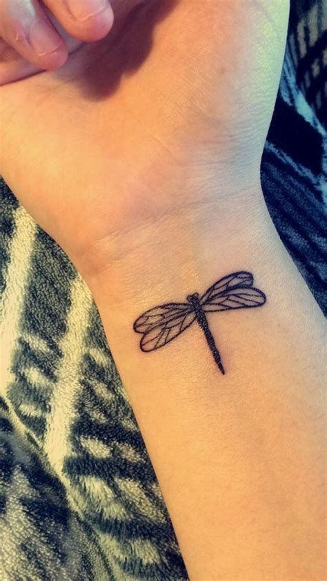 imagenes de tatuajes de libelulas tatuajes de libelulas y su significado belagoria la