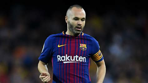 barcelona believe andres iniesta will leave for chinese real madrid barcelona january transfer news live madrid
