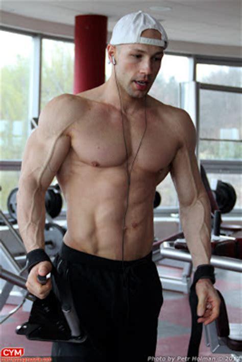 aaron taylor johnson bodybuilding workout inspiration net april 2012