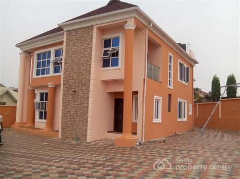 bedroom houses  sale  ikeja lagos nigerian real