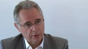 Bernard Granger by Un Professeur S Insurge Contre Les Suicides Des Personnels