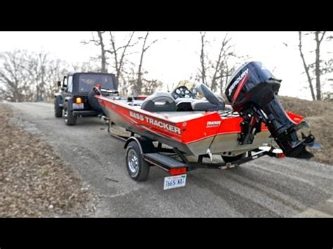 how to launch a boat by yourself how to launch a boat by yourself bunk trailer doovi
