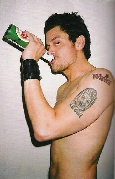 johnny knoxville tattoo on chest 92 best images about j knoxville on pinterest bam