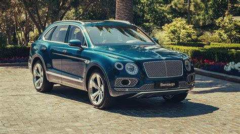 2020 bentley suv 2020 bentley bentayga hybrid drive automobile magazine