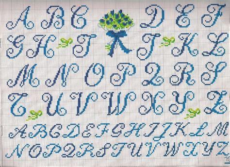 lettere in corsivo a punto croce nomi con il punto croce foto tempo libero