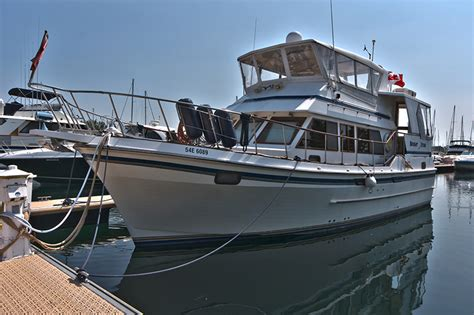 boat brokers toronto toronto yachts for sale new used boat sales powerboats