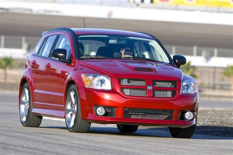 dodge crossover dodge bids farewell to caliber crossover and nitro suv