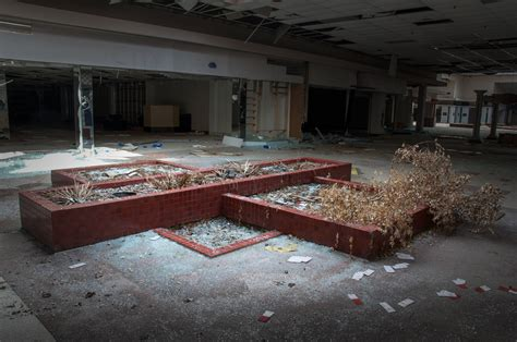 seph lawless rolling acres seph lawless photographs abandoned malls in his book black friday