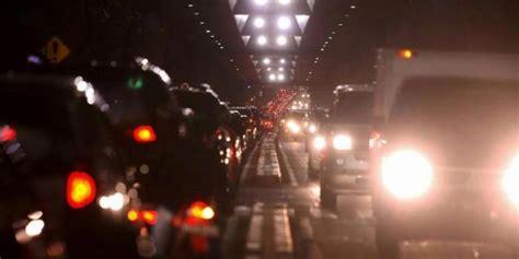 Lu Sorot Jalan pengamat jlnt antasari satu arah perempatan jalan juga