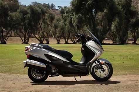 Suzuki Burgman 200 by 2014 Suzuki Burgman 200 Abs Ride Review