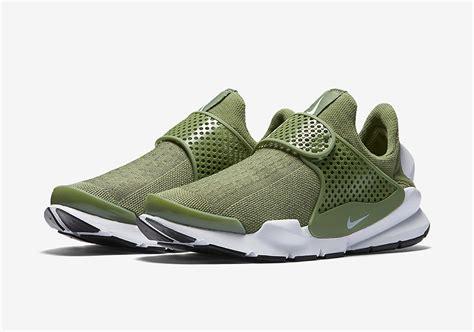 Nike Sock Dart Womens nike sock dart wmns palm green 848475 300 sneakernews