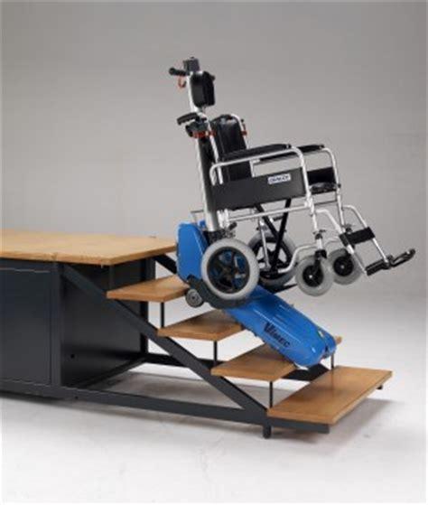 pedana mobile per disabili roby t09 il montascale mobile a cingoli di vimec