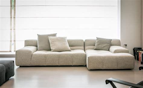 b v divani divano con chaise longue tufty b b italia divani b b