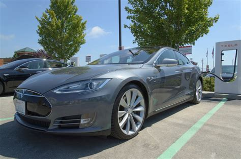 Insurance For Tesla Model S Stop Wasting Money On Gas
