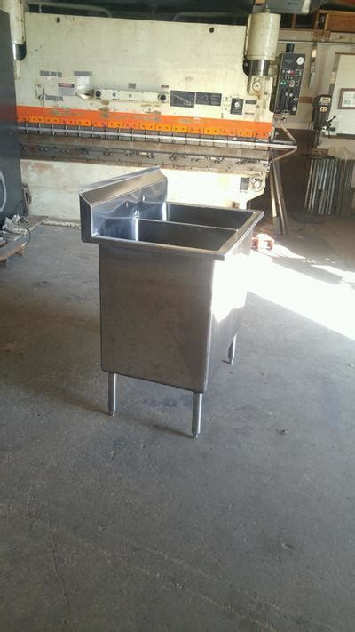 Custom Manufacture Commercial Hoods and Resturant
