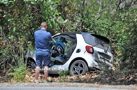 smart car crash upcoming smart fortwo cabrio prototype crashes in germany