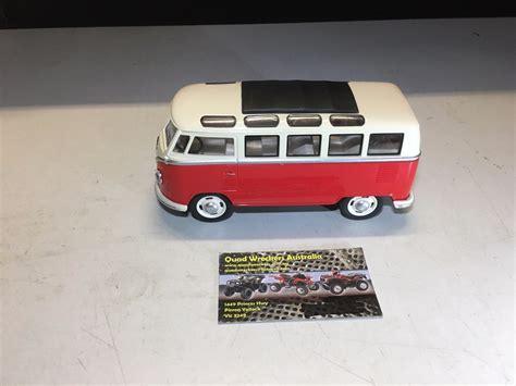 volkswagen classic models volkswagen vw classic combi comercial bus model diecast 1