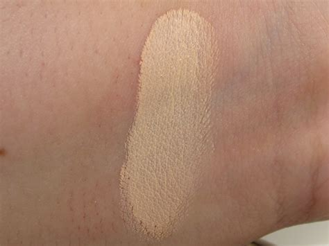 maybelline just beige color eyeshadow review