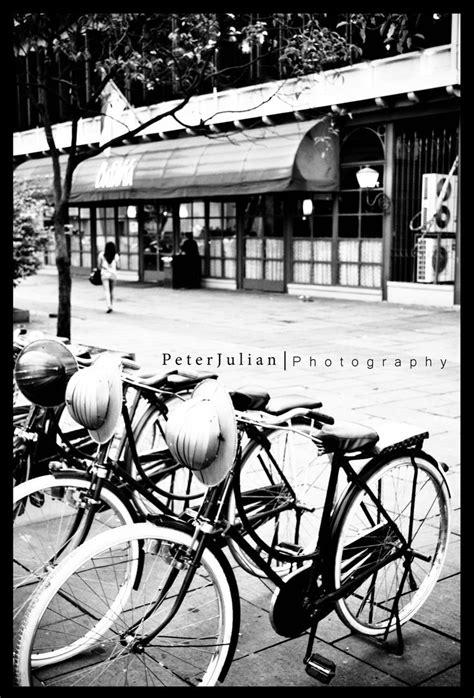 wallpaper abstrak sepeda gambar hitam putih untuk wallpaper dunia wallpaper