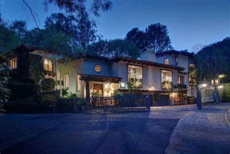 johnny depp house johnny depp purchases 4 4 million home for ex vanessa paradis real estate